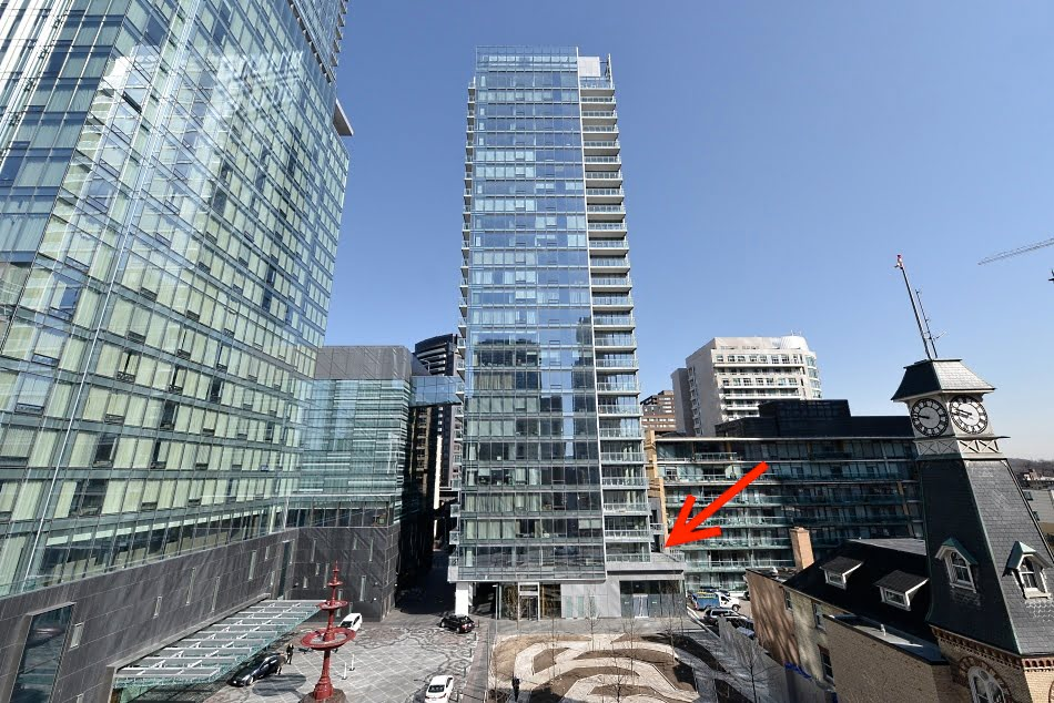 Four Seasons Yorkville Toronto South Facing Luxury Condo For Sale With Unique 457 Square Foot Terrace SOLD