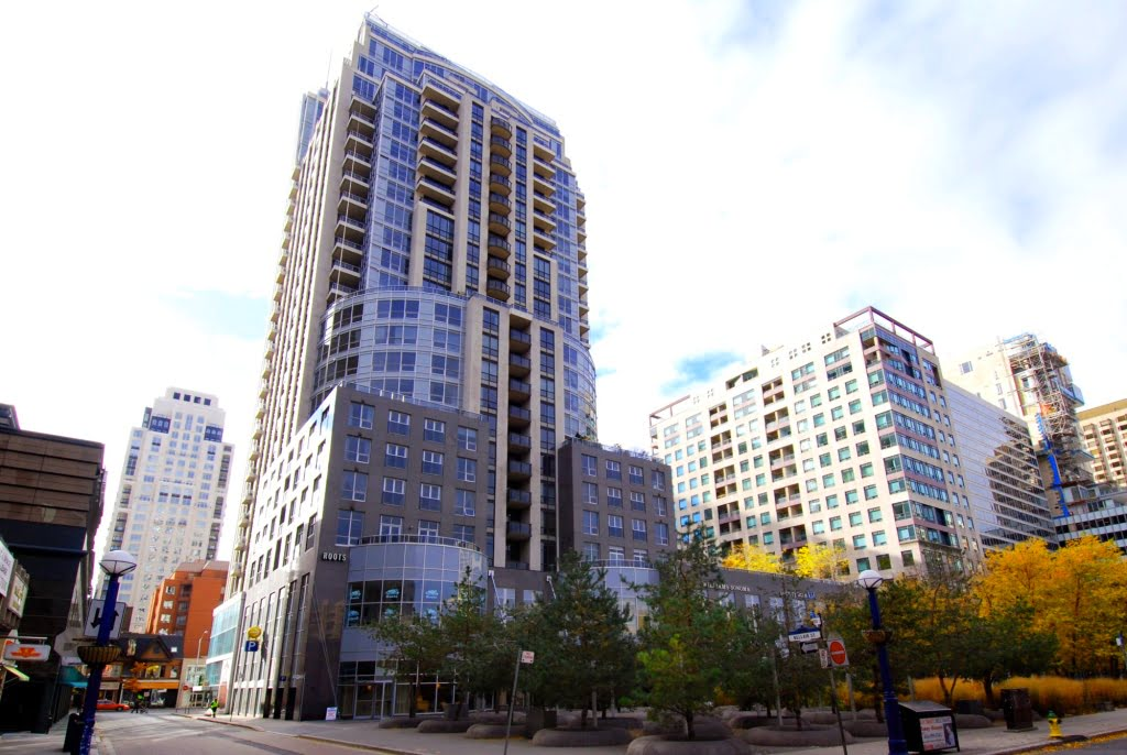 10 Bellair Street Yorkville Toronto Condominiums Victoria Boscariol Chestnut Park Real Estate