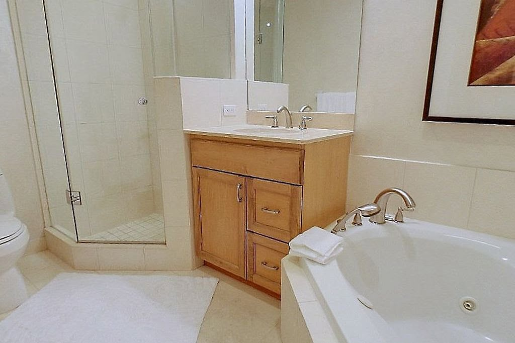 Bathroom 10 Bellair St Unit 304 Yorkville Toronto Condos Victoria Boscariol Chestnut Park Real Estate