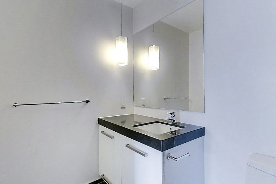 8. L Tower Downtown Toronto Condos For Sale Unit 3907 Master Ensuite Bath Victoria Boscariol Chestnut Park Real Estate