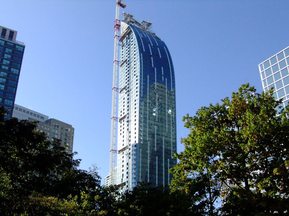 L Tower Downtown Toronto New Condo Never Lived In Ready For Occupancy