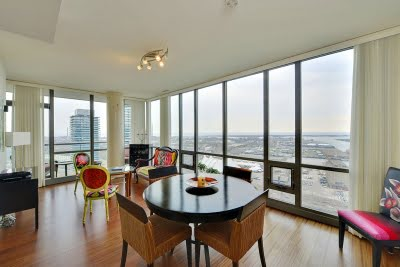 Distillery District Condos For Sale Toronto 3 bedrooms Suite 3002 Dining Room Victoria Boscariol Chestnut Park Real Estate r