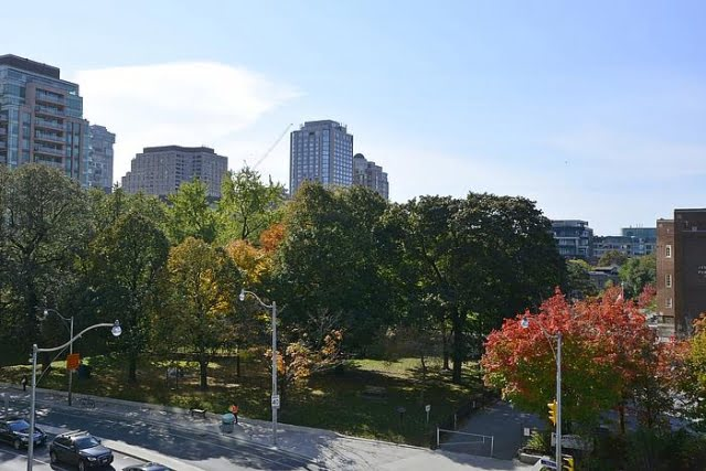Overlooking Jesse Ketchum Park Views From The Florian Condos Yorkville 88 Davenport Rd Toronto Victoria Boscariol Chestnut Park Real Estate