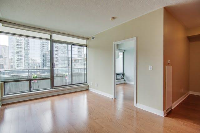 18 Yorkville Condos Toronto Living Room Bedroom Den Victoria Boscariol Chestnut Park Real Estate r