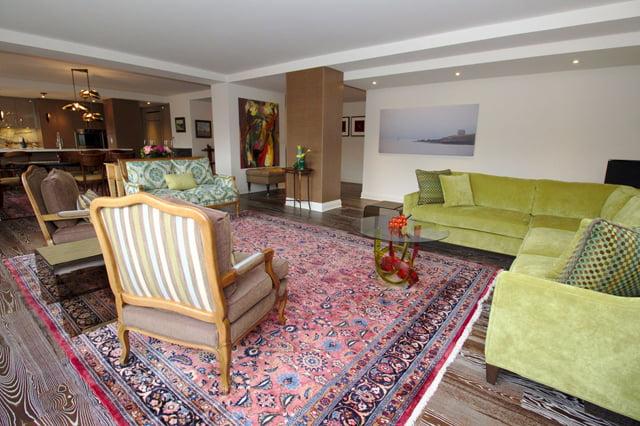 21 Dale Ave Rosedale Toronto Coop Apartments For Sale Living Room Victoria Boscariol Chestnut Park Real Estate r