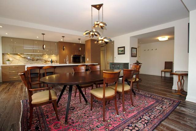 21 Dale Ave Suite 844 Dining Room Kitchen Victoria Boscariol Chestnut Park Real Estate r