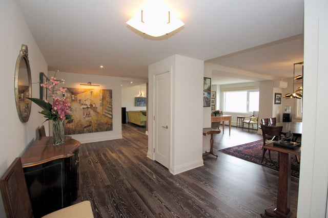 21 Dale Ave Unit 844 Entrance Hall Victoria Boscariol Chestnut Park Real Estate r