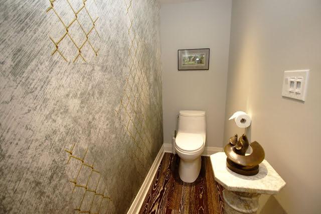 Coop Apartments For Sale Rosedale Toronto 21 Dale Ave Suite 844 Victoria Boscariol Chestnut Park Real Estate r