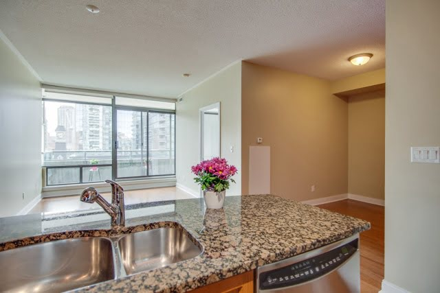 Kitchen Overlooking Den & Living Room Unit 606 18 Yorkville Ave Toronto Condos Victoria Boscariol Chestnut Park Real Estate r