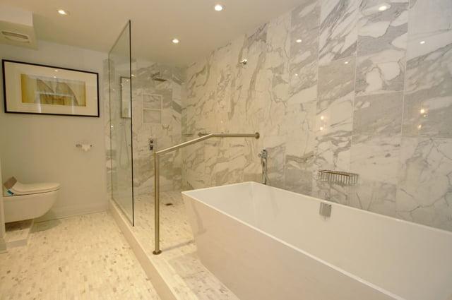 Toronto Rosedale Luxury Apartments For Sale 21 Dale Ave Master Ensuite Bath Victoria Boscariol Chestnut Park Real Estate r