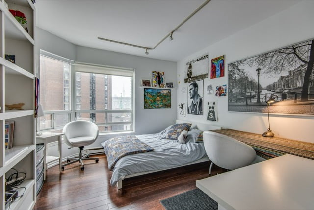 1132 Bay St Unit 701 Second Bedroom Yorkville Toronto Condos For Sale Victoria Boscariol Chestnut Park Real Estate
