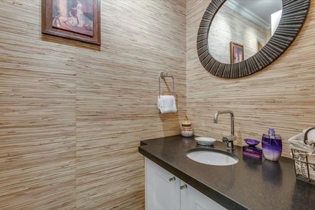 Yorkville luxury 3 bedroom condo toronto sold yorkvillecondoblog for 3 bedroom condo for sale toronto