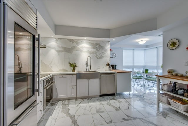 Yorkville Toronto Condos For Sale 1132 Bay St Suite 701 Kitchen Victoria Boscariol Chestnut Park Real Estate