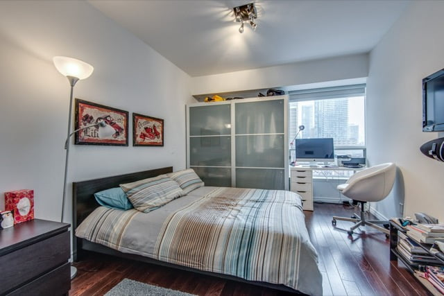 Yorkville Toronto Condos For Sale 1132 Bay St Suite 701 Third Bedroom Victoria Boscariol Chestnut Park Real Estate