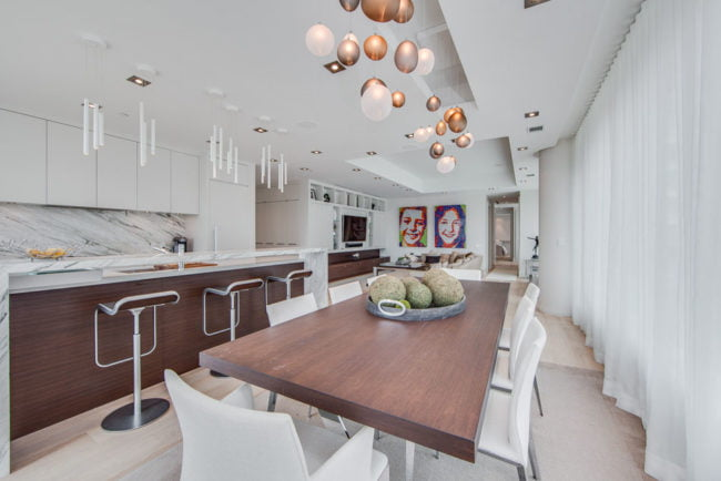 77 Charles St West Dining Room Kitchen Unit 1402 Toronto Yorkville Condos Luxury Victoria Boscariol Chestnut Park Real Estate