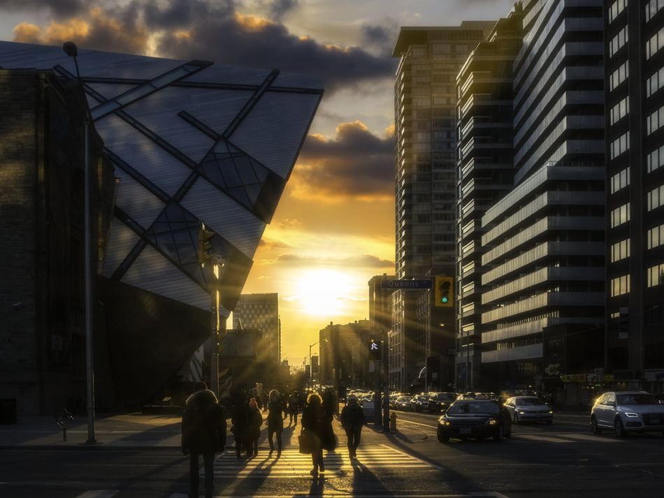 Sunset Bloor St West At Avenue Rd ROM Crystal Yorkville Toronto Condos Victoria Boscariol Chestnut Park Real Estate