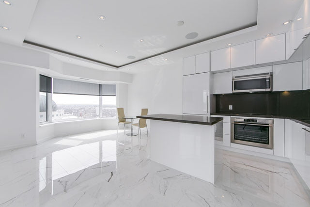 155 Yorkville Ave Lower Penthouse 3113 Toronto Condos Kitchen Victoria Boscariol Chestnut Park Real Estate
