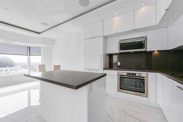 155 Yorkville Ave Unit 3113 Kitchen Toronto Condos Victoria Boscariol Chestnut Park Real Estate