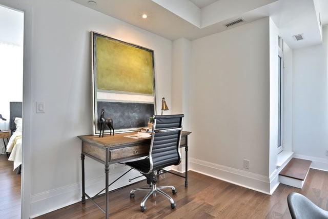 25 Malcolm Rd Suite 205 Toronto Den Upper House Condos Leasiden Victoria Boscariol Chestnut Park Real Estate