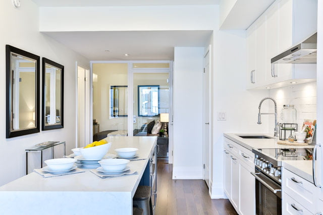 25 Malcolm Rd Unit 410 Toronto Kitchen Upper House Condos Leaside Victoria Boscariol Chestnut Park Real Estate