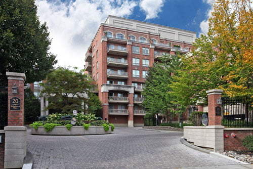 Toronto Mid-rise Luxury Condo That Ticks All The Boxes FOR SALE Kilgour Estate $1.598M