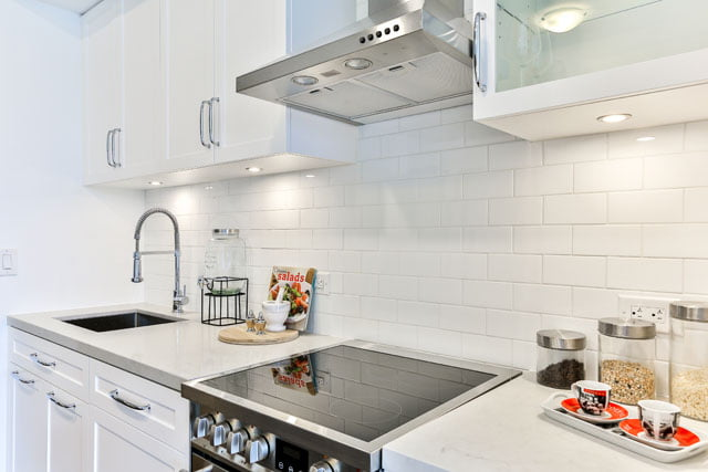 Kitchen Unit 410 25 Malcolm Rd Toronto The Upper House Condos Leaside Victoria Boscariol Chestnut Park Real Estate