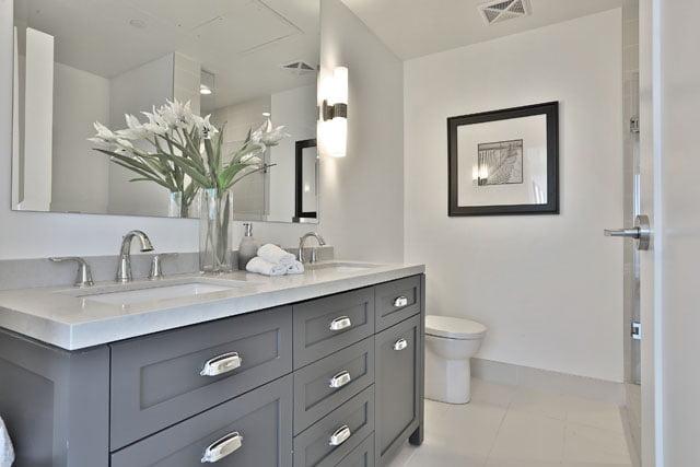 Upper House Condos Suite 205 Master Bathroom 25 Malcolm Rd Leaside Toronto Victoria Boscariol Chestnut Park Real Estate