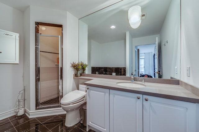 980 Yonge St Unit 505 Toronto Condos Master Bathroom Yorkville Rosedale Victoria Boscariol Chestnut Park Real Estate